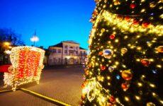 Iluminacja świąteczna na Placu Kościuszki w Aleksandrowie Łódzkim